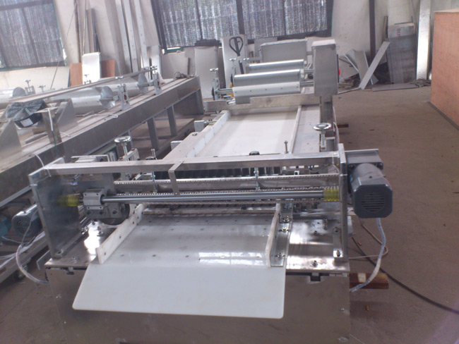 Auto Rice Cake&Cereal Bar Cut Machine