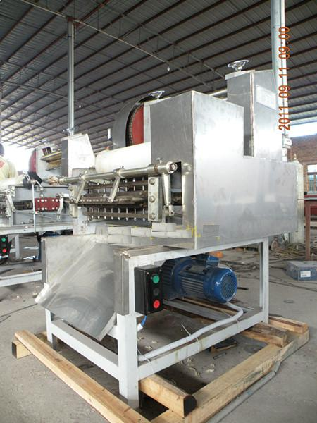 Farfalle shaping machine
